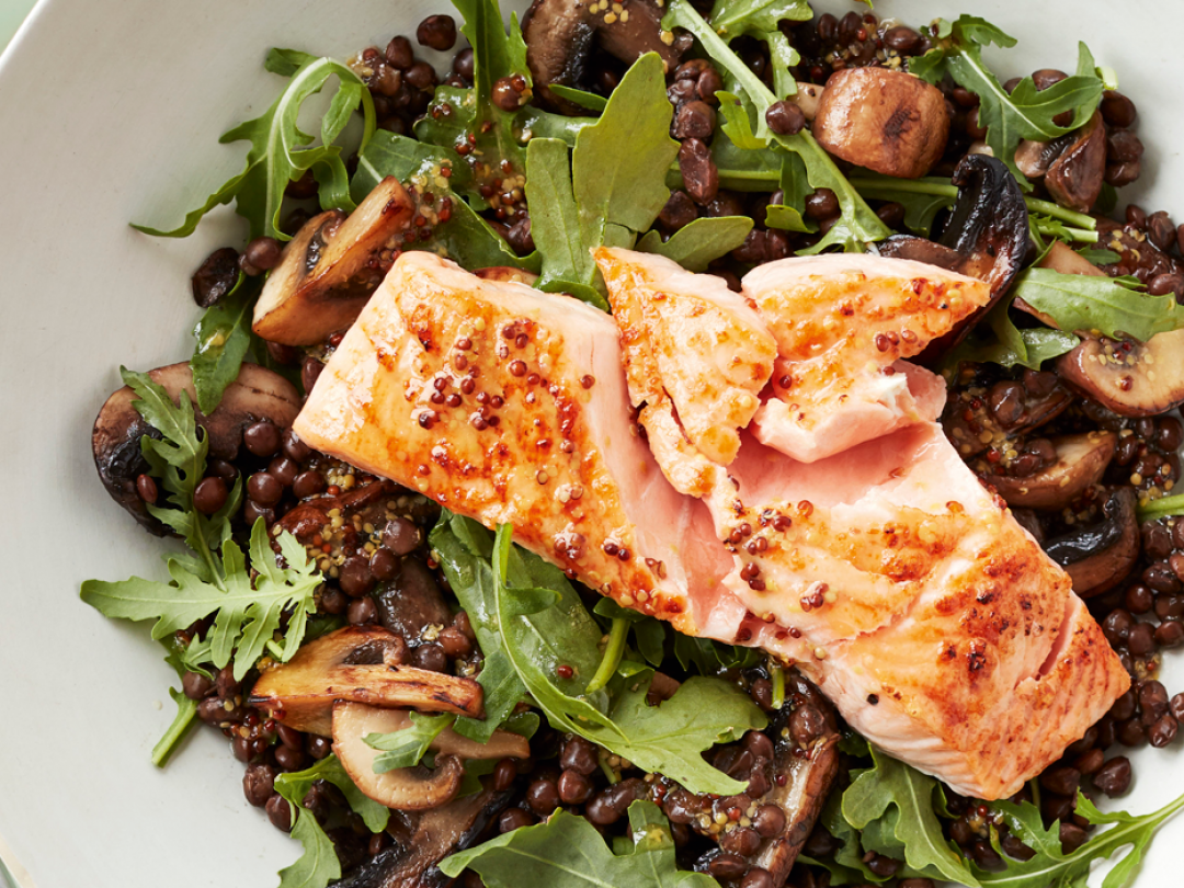 GRILLED SALMON WITH GARLIC MUSHROOM AND LENTIL SALAD