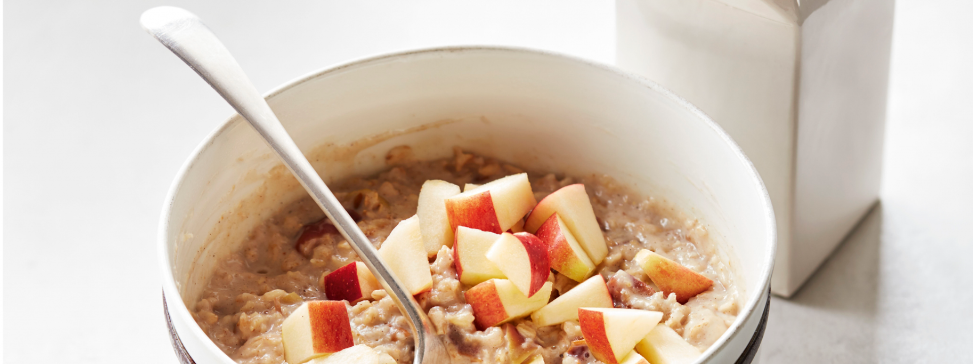 Apple pie spiced porridge